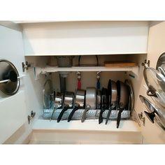 juca Open Kitchen, Kitchen Hacks, Home Deco, Kitchen Design, Kitchen Appliances, House Design, Curtains, Room, Organize