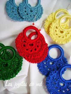 Watch The Video Splendid Crochet a Puff Flower Ideas. Phenomenal Crochet a Puff Flower Ideas. Crochet Earrings Pattern, Crochet Jewelry Patterns, Crochet Flower Patterns, Crochet Bracelet, Crochet Accessories, Crochet Designs, Crochet Puff Flower, Crochet Flower Tutorial, Crochet Flowers