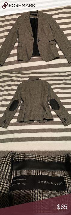 ZARA Plaid Blazer Brand new without tag. Fitted style. Zara Jackets & Coats Blazers