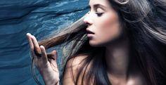 Los smoothies salieron a la luz pública en los años 70s cuando Ann Wigmore los incluyó en su libro sobre salud y medicina natural. Ella misma los empezó a consumir a la edad de 50 años y al cabo del tiempo empezó a notar que su pelo recuperaba su color natural. Las canas pueden deberse …