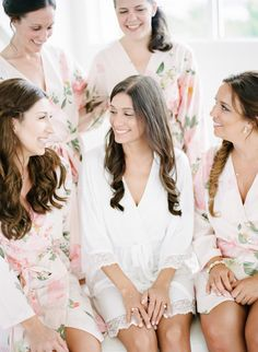 Photography : Rebecca Yale Photography Read More on SMP: http://www.stylemepretty.com/2015/08/23/15-perfect-wedding-movies-to-watch-with-your-bridesmaids/