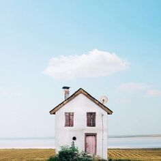 | h o u s e  l o v e |  I guess that you are many with me who loves the photographs of Portuguese houses by Manuel Pita, known as Sejkko? Don't miss his amazing everyday inspiration! Pure love! ♡