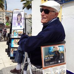 94 year old brother public witnessing in the Dutch field in Benidorm, Spain.