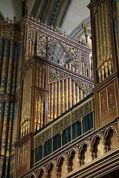 Rochester Cathedral Organ Case by Segovia 37 Gothic Architecture, Beautiful Architecture, Beautiful Landscapes, Rochester Cathedral, Organ Music, Sound Installation, Church Music, Church Of England, Cathedral Church