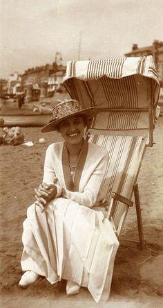 On the beach - I love that sunchair!