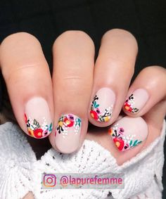 22 Spring Floral Manis You'll Want to Copy ASAP 22 Spring Floral Manis You'll Want to Copy ASAP,Nails 22 Pretty Flower Nail Designs for Spring nails art nails acrylic nails nails Flower Nail Designs, Nail Designs Spring, Cute Nail Designs, Spring Design, Pretty Designs, Cute Spring Nails, Spring Nail Art, Summer Nails, Diy Nails