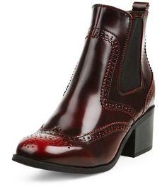 - Square toe- Block heel- Embossed detail- Elasticated sides