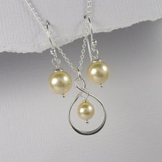 Infinity Bridesmaid Gift Set, Infinity and Gold Pearl Necklace and Earring Set, Bridesmaid Jewelry, Bridesmaid Gift, Infinity Necklace