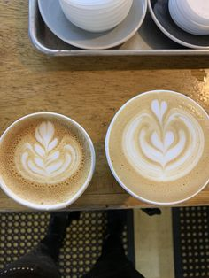 Getting better at these to-go pours #coffee #cafe #espresso #photography #coffeeaddict #yummy #barista