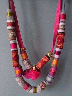 Rolled Ribbon Necklace (good for scraps!)