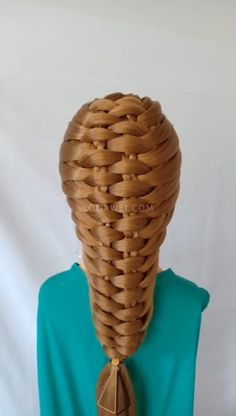 French braided hairstyle very beautiful Hair styles Medium Hair Styles, Curly Hair Styles, Natural Hair Styles, French Braid Hairstyles, Cool Hairstyles, French Braids, Hairstyles Videos, Hair Upstyles, Hair Videos
