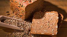 Die Glyx-Diät ist eine beliebte Methode zum Abnehmen, bei der Lebensmittel wie Weißbrot auf der roten Liste landen. Aber auch wer auf sein geliebtes Frühstücksbrot nicht verzichten möchte, braucht diese Diät nicht zu fürchten. Mit unserem Rezept f...