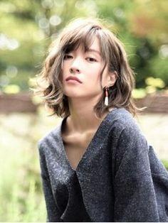 40代・30代の髪型♡人気の可愛いミディアムヘアカタログ〈2017/秋冬ヘアスタイル〉 - NAVER まとめ