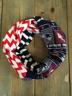 Hey, I found this really awesome Etsy listing at https://www.etsy.com/uk/listing/247709270/new-england-patriots-infinity-scarf