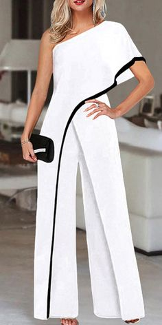 Mode Outfits, Chic Outfits, Elegante Jumpsuits, Elegant Dresses, Beautiful Dresses, Jumpsuit With Sleeves, White Fashion, African Fashion, Korean Fashion