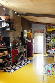 Kitchen Interior, Kitchen Design, Plywood Ceiling, Inexpensive Flooring, Rubber Flooring, Floors Kitchen, Luxury Homes Interior, Classic Furniture, Home Decor Ideas