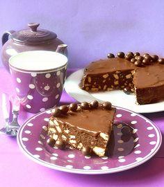 Dolci a go go: Torta cioccobiscotto con copertura alla Nutella