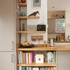 New Kitchen Storage Shelves Ideas Beige Kitchen Cabinets, Kitchen Shelves, Kitchen Storage, Kitchen Organization, Beautiful Kitchens, Cool Kitchens, Farmhouse Kitchens, Modern Shelving, Modern Kitchen Design