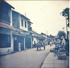 De Groote Postweg in de Chinese wijk van Bandoeng. 1932-1940