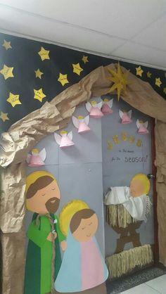 33 Ideas decor classroom for christmas Christmas Classroom Door, Preschool Christmas, Christmas Nativity, Christmas Love, Christmas Activities, Christmas Crafts, Christmas Door Decorating Contest, Christmas Door Decorations, Kids Crafts