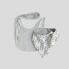 Traditional and kite-shaped - for cool kids Best Baby Bibs, Sticky Fudge, Kite, Cool Kids, Beautiful Outfits, Traditional, Cool Stuff, Clothes, Collection