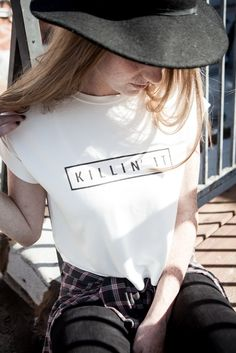 Brandy ♥ Melville | Caleigh Killin it Top - Graphics