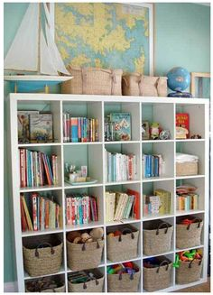 Great kids bedroom toy storage: IKEA Expedit bookshelf + nice looking baskets = play + tidy & organized. From House Crashing: Stunning In Sydney Casa Kids, Playroom Organization, Playroom Ideas, Organized Playroom, Playroom Colors, Colorful Playroom, Young House Love, Ideas Para Organizar, Kids Storage