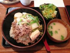 Donburiya - sukiyaki beef don