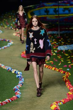 FWPE2015 Suzy Menkes Tommy Hilfiger: The Summer of Love Is Here Again! NYFW