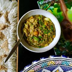 Mung Dahl made with nourishing bone broth - bliss. Find the recipe in The Art Of Eating Well. Hemsley And Hemsley, Drink Recipe Book, Naturally Ella, Vegetarian Curry, Bone Broth, Health Recipes, Dahl, Curries, Eating Well