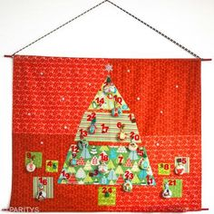 How to make a fabric advent calendar with free pattern to download. Great DIY for Christmas