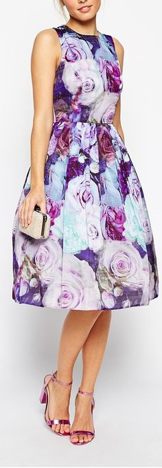 Fashion Trends And Styles Floral Fashion, Modest Fashion, Girl Fashion, Womens Fashion, Fashion Trends, Fashion Outfits, Lovely Dresses, Vintage Dresses, Dress Skirt