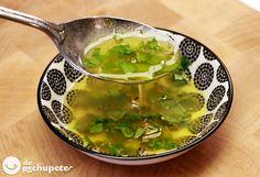 ¿Sabéis como se hace una salsa Chimichurri casera? http://www.recetasderechupete.com/salsa-argentina-chimichurri/13570/ #Chimichurri