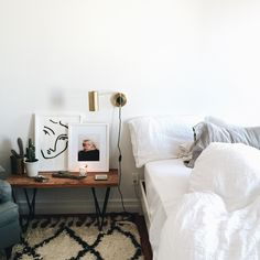Bench/longer bedside means more space for photos :)