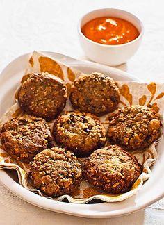 Buñuelos de lentejas con salsa de tomate, receta griega con Thermomix « Thermomix en el mundo