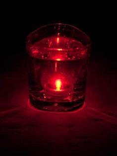 Led lichtje, kan ook onder water, rood inclusief batterij €3,45 ook verkrijgbaar in de kleuren groen, roze, turquoise, blauw, oranje