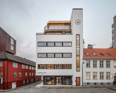 A modernistic warehouse from 1937 located in the historic centre of Stavanger gains new life. Rather than making a new extension with a clear division between new and old, the architect`s approach was to respectfully edit and rearrange the existing building while preserving the essence of the original design, thanks to the exceptional Sky-Frame glazing. 📐Trodahl Arkitekter 📷Coast Studio 🔧Kringsjaa Norge #skyframe #aviewnotawindow #modernistic #architecture #norway #stavanger #scandinavian Stavanger, Will Smith, Norway, Multi Story Building, Mansions, The Originals, Studio, Architecture, House Styles