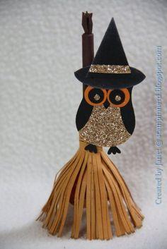 Halloween Broom Sucker Holder Stampin' Up! Dulceros Halloween, Halloween Paper Crafts, Manualidades Halloween, Halloween Cards, Halloween Treats, Halloween Decorations, Tarjetas Stampin Up, Stampin Up Cards, Owl Punch Cards
