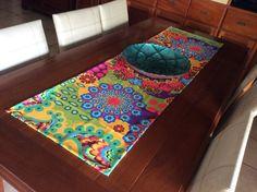 Sua mesa é linda, mas vai ficar melhor ainda com um toque de cor!