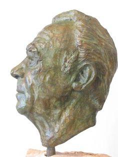 EN PROFIL en profil: Positie van een geportretteerde waarin hij van opzij wordt afgebeeld.