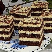 Chałwowiec - pyszny przepis na chałwowiec - Durszlak.pl Sweet Recipes, Cake Recipes, Unique Desserts, Cookie Pie, Polish Recipes, Food Cakes, Cookie Decorating, Tiramisu, Food And Drink