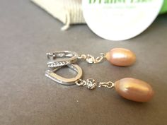 Peach Pearl Earrings for Bridesmaid. Romantic Gift for fiance