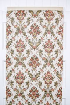 1970s retro wallpaper from Hannah's Treasures vintage wallpaper collection. Authentic paper from the 1970s available by the yard on Etsy Flock Wallpaper, Retro Wallpaper, Hallway Paint, Golden Harvest, Brown Flowers, Different Patterns, Swirls, Damask, Etsy Store