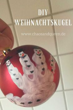 Weihnachtskugeln DIY - New Ideas Christmas Balls Diy, Decoration Christmas, Christmas Games, Christmas Printables, Christmas Bulbs, Craft Projects For Kids, Diy For Kids, Christmas Family Feud, Holiday Party Games