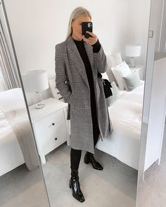 "Debbie • Daily Style pe Instagram: ""I am seriously fussy when it comes to coats but this one from @primark is an absolute gem 🙌🏻 . . . . Outfit: Coat @primark Jeans…"""
