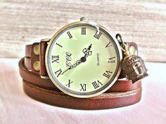 BUDDHA LOVE UNISEX Echtleder Armbanduhr Uhr braun von Schloss Klunkerstein Designer Schmuck Manufaktur & Armbanduhren für besondere Menschen. Naturschmuck, Trendschmuck, Geschenke und antike Raritäten! auf DaWanda.com