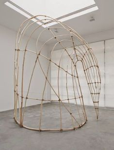 'A Visual Poet of the Highest Order': What ARTnews's Critics Said About Martin Puryear -ARTnews Martin Puryear, Contemporary Baskets, Contemporary Art, Abstract Sculpture, Sculpture Art, Modern Sculpture, Brindille, Wow Art, Weaving Art