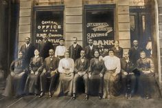 Richmond was once the epicenter of black finance. What happened there explains the decline of black-owned banks across the country. Famous Black People, Famous Women, Black Jesus, Women In History, Us History, St Luke, Savings Bank, African American Inventors, African American History