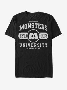T-Shirt university logo, monster university, monsters inc shirt, disney Monster University, University Logo, Disney Shirts For Men, Shirts For Teens, Disney T Shirts, Disney Incredibles, Disney Pixar, Disney Bounding, Team T Shirts