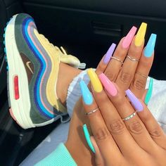 Nail coffin made of acrylic - nails gel nails - new ideas - nagel, Acrylic Nails Coffin Short, Simple Acrylic Nails, Best Acrylic Nails, Colorful Nails, Acrylic Nail Designs Coffin, Acrylic Nail Art, Bright Nails For Summer, Nails Summer Colors, Colorful Nail Designs